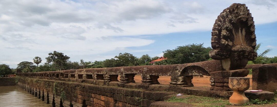 Oude brug Kampong Kdei (tussen Phnom Penh en Siem Reap)